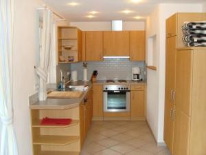 Küche - mit Geschirrspüler